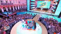 Regardez tous les artistes de la Fête de la musique de France 2 réunis pour chanter surtout danser ensemble avant le début de l'émission
