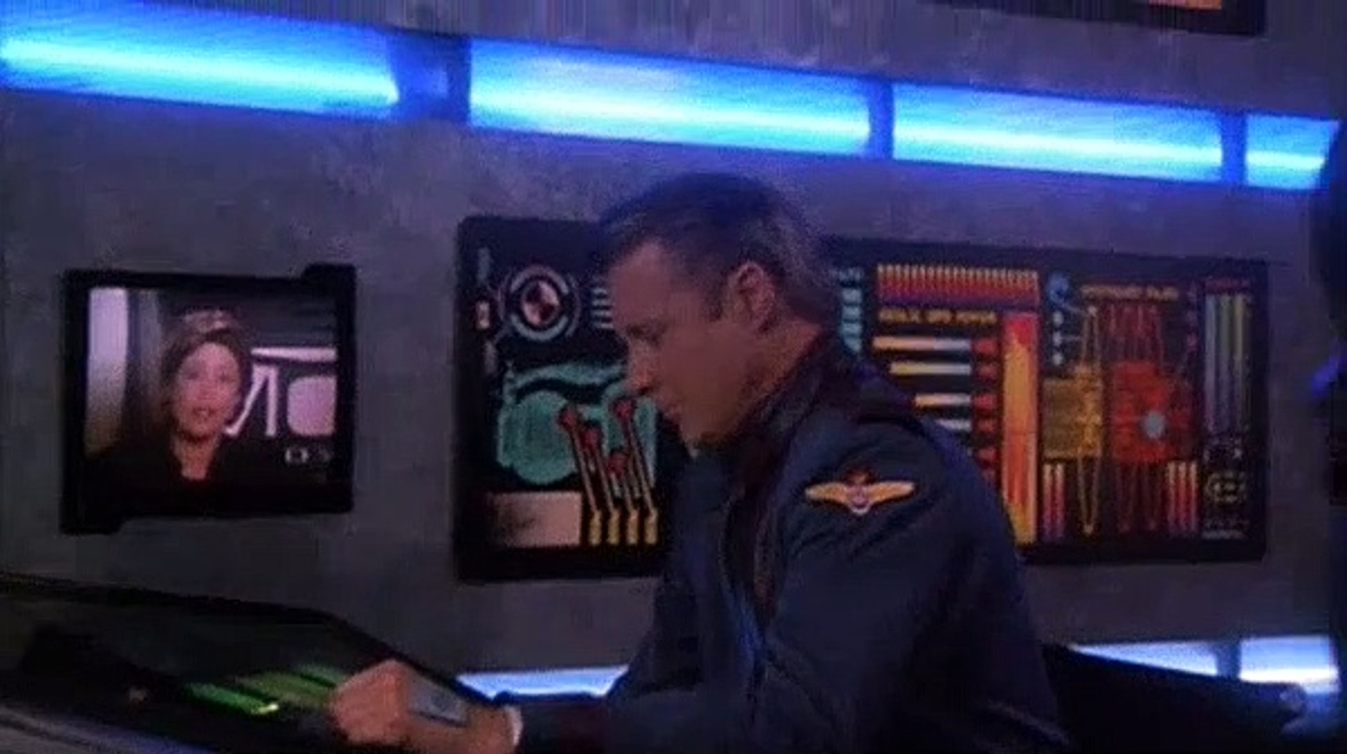 Babylon 5 S03E10 Severed Dreams (3)