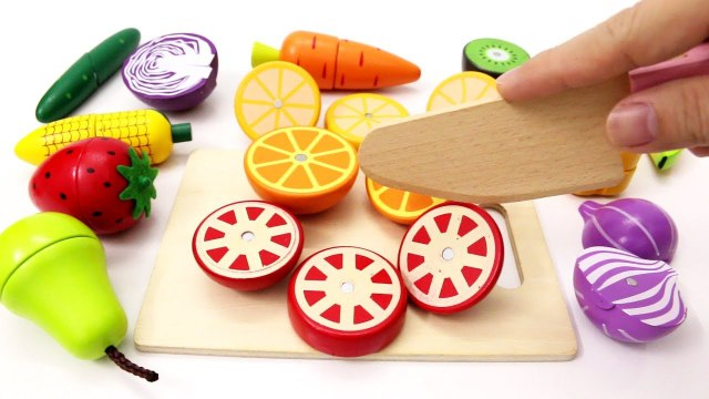 Learn Colors with Toy Cutting Fruits and Vegetables Wooden Educational Toys for Children Toddlers