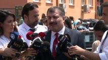 Sağlık Bakanı Fahrettin Koca: Bakanlık olarak, 'Oy kullanabilecek hastalarımızın taşınması planlandı'. Bu çerçevede bugün 3 binin üzerinde sağlık personelimiz çalışmaktadır'