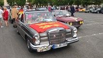 Le 14 e Tour de Normandie des voitures anciennes