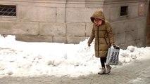 Las bajas temperaturas hace peligroso caminar por Ávila
