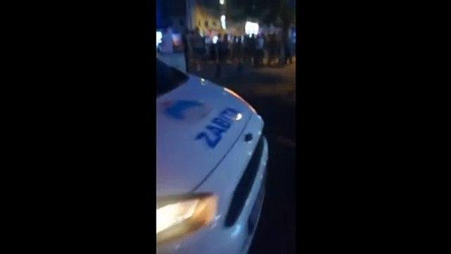 Hezimeti kabullenemeyenler:MHP'liler 'Türkeş'in askerleriyiz' sloganlarıyla CHP'lilerin üstüne yürüdü