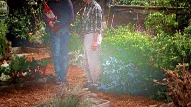 Will & Grace Season 4 Episode 20 - Went to a Garden Potty