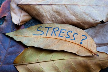 5 Ways Stress is Showing on Your Skin