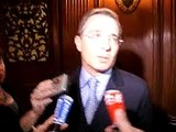 Uribe parle des prisonniers des FARC