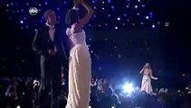 """Barack et Michelle Obama ouvrent le """"bal de quartier"""""""