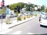 Vidéo choc : Une voiture roule sur un SDF à la sortie d'un parking à Nice