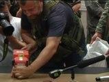Los separatistas prorrusos entregan las cajas negras del avión derribado en Ucrania