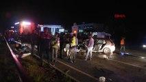 İzmir'de feci kaza: Aynı aileden 3 kişi öldü, 1 kişi yaralandı