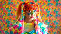 Meet The Rainbow Lady | HOOKED ON THE LOOK