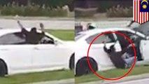 Penampakan atau halusinasi? Pria keluar dari mobil karena melihat hantu - TomoNews