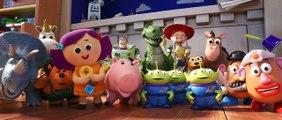 Extrait du film Toy Story 4 - Poubelle!