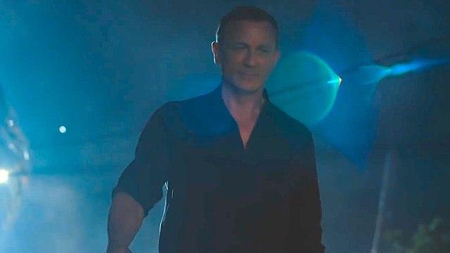 Bond 25 with Daniel Craig - On Set in Jamaica