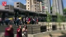 Marmaray'da arıza meydana geldi, vatandaşlar trenden inip yürüdü