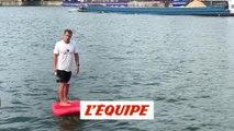 Le foil électrique en pleine démonstration sur la Seine - Adrénaline - Surf