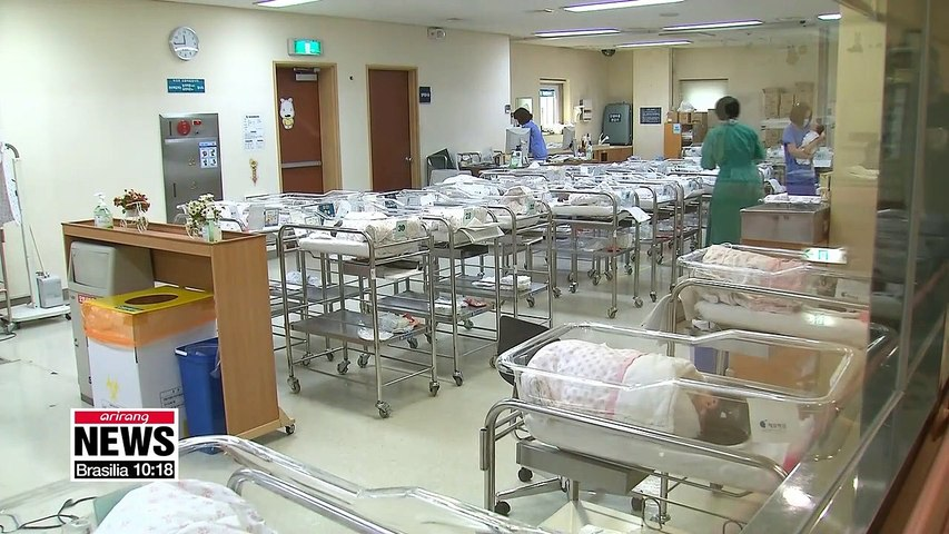 No. of births in S. Korea falls to 26,100 in April: Statistics Korea