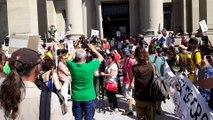 DNA - 200 militants du climat à Strasbourg pour soutenir les 3 décrocheurs de portrait