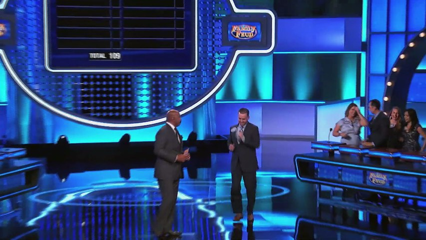 Leslie and Josh play for $20,000! _ Family Feud