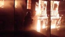 Ordu'da 150 yıllık tarihi bina alev alev böyle yandı
