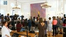 Regresan los temblores de Angela Merkel durante un acto oficial