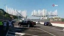 İtalya'da 43 kişinin hayatını kaybettiği köprü kontrollü şekilde yıkıldı