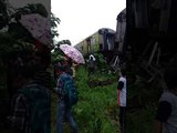 Nagpur Mumbai Duronto Express derails near Titwala in Maharashtra
