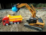 Vehicles Working in Construction Sand For Kids - Truck Toys Transporting Color Balls