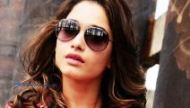 Tamanna Gets Irritated By Crowd At Mobile Store Launch(telugu)