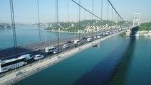 Sabah saatlerinde köprüde oluşan trafik yoğunluğu havadan görüntülendi