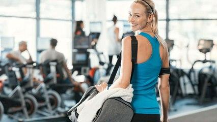 Diese 6 Dinge gehören in jede Sporttasche