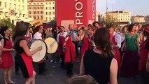Nuit étoilée à Marseille : la musique ne quitte plus le Vieux-Port