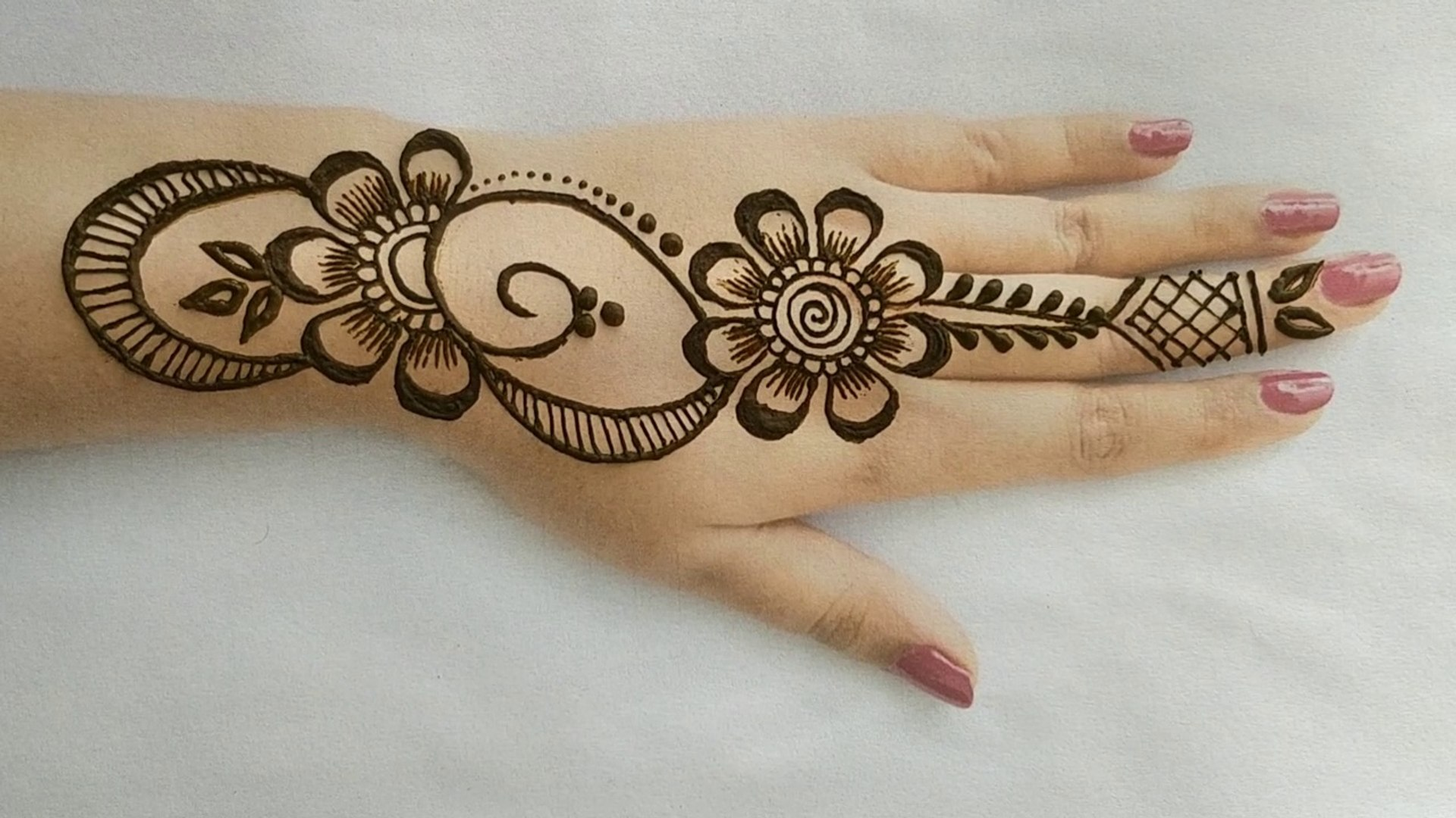 Flower Stylish Back Hand Mehndi Designs Simple Easy Beautiful Style Henna Mehndi Designs 2019