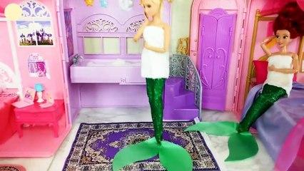 Two Mermaid Princess Bedroom Morning Meerjungfrau Prinzessin Chambre Princesse Sirène Putri duyung | Karla D.