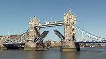 """جسر """"تاور بريدج"""" في لندن يحتفي بمرور 125 عاما على تدشينه"""