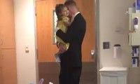 أب يحتفل بطريقة مؤثرة بآخر جلسة علاج كيميائي لابنته