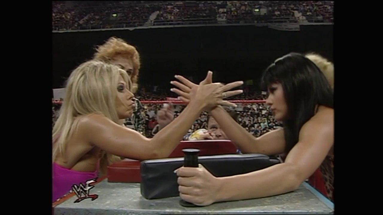 Terri Vs The Kat Arm Wrestling Video Dailymotion