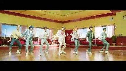 BTS (방탄소년단) 작은 것들을 위한 시 (Boy With Luv) feat. Halsey Official MV