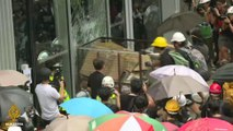 Hong Kong protesters try to break into legislative building
