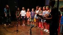 Étoile-sur-Rhône : les élèves de CM2 chantent pour la sécurité routière