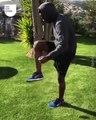 Les stars du foot peuvent jongler avec n'importe quoi