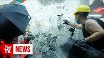 Hong Kong police clear legislative building