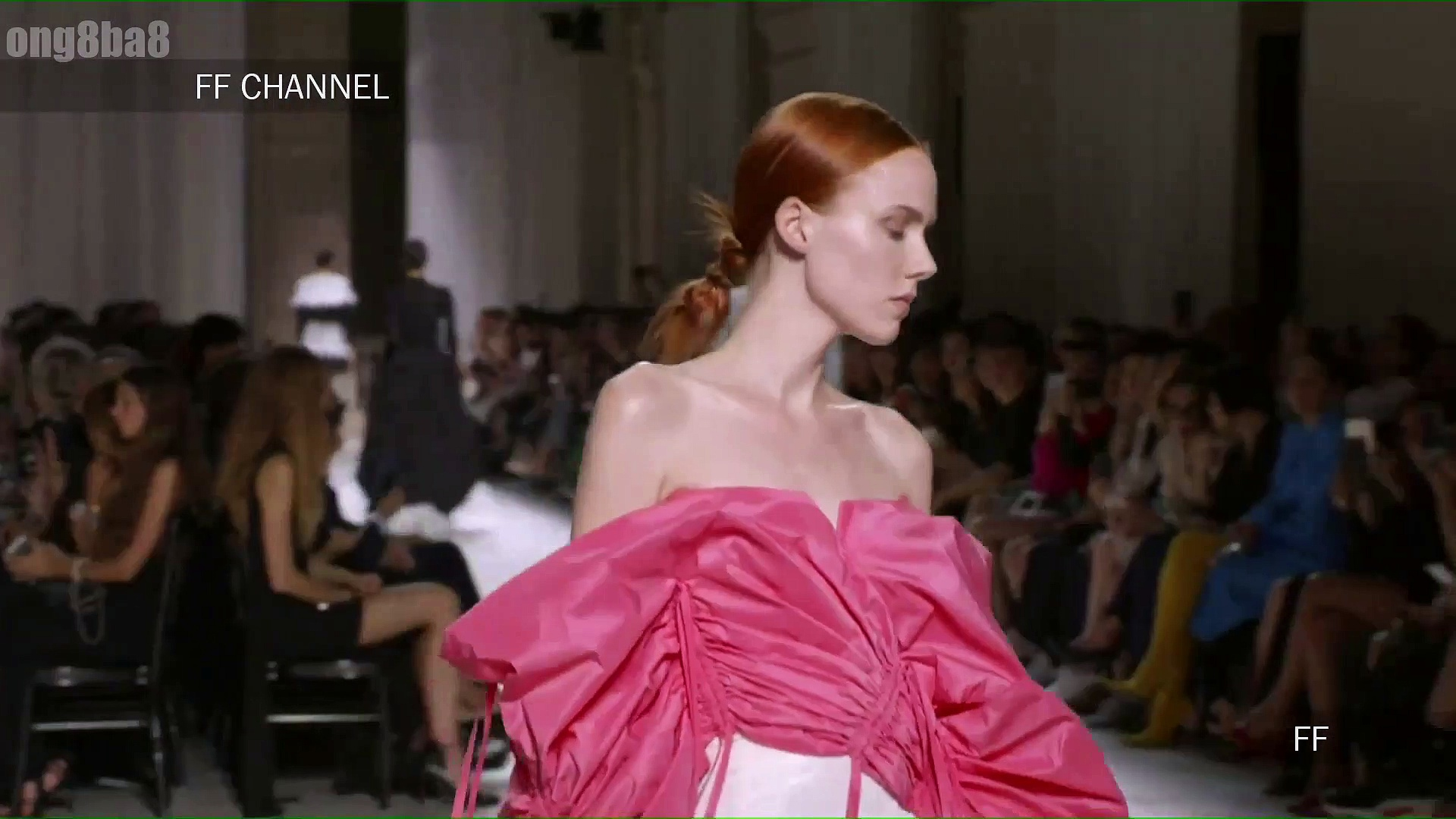 Givenchy – Fall Winter 2019 Couture Full Show – Paris ( France ) Fashion Week 02/07/2019