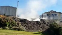 Quand un geyser de boue jaillit d'une maison en Nouvelle Zélande