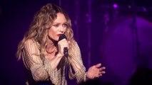 Vanessa Paradis remet à sa place un fan pendant un concert