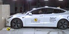 VÍDEO: Así es de seguro el Tesla Model 3, ¿se gana las cinco estrellas EuroNCAP?