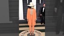 Sia répond aux fans de Taylor Swift qui l'accusent de blackface