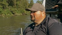 Swamp People: Daniel and Big T Track Down a Poacher