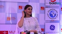 Sonali Bendre gets emotional on one-year anniversary of Cancer journey | Boldsky