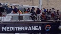 Salvini no deja desembarcar a los 41 migrantes del Alex